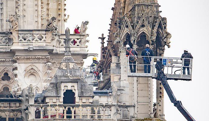 Brainfood #1: Cómo salvar la catedral de Notre Dame, Países que ya no existen, Elogio delaburrimiento